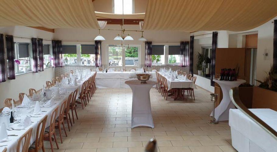 Hochzeitsfeier im großen Saal